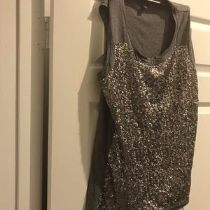 Ann Taylor Gray sequent sleeveless top large